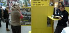 """Die Wanderausstellung """"LandLuft Baukulturgemeine-Preis 2009"""" reiste durch ganz Österreich und das benachbarte Europa, um Gemeinden auf den Wert von Baukultur aufmerksam zu machen. Am 8. November gibt LandLuft die Baukulturgemeinden 2012 bekannt und macht sich erneut auf den Weg."""